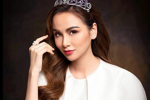 """Hoa hậu Diễm Hương: """"Tôi từng mua sắm không cần nhìn... giá tiền"""""""