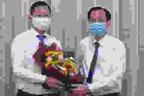"""TPHCM: Chủ tịch huyện Bình Chánh nhận nhiệm vụ mới sau """"án"""" kỷ luật"""