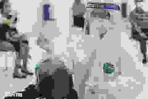 """Xem chuyên gia """"bắt"""" virus SARS-CoV-2 như thế nào?"""