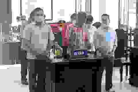 Lãnh án tù vì liều lĩnh xông vào trụ sở xã gây rối kỳ họp HĐND