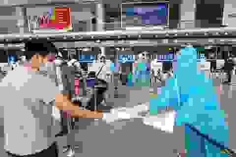 Đà Nẵng tính đưa sinh viên nhập học ở Hà Nội, TPHCM bằng máy bay
