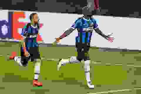 Lukaku hóa tội đồ ở chung kết Europa League: Sự nghiệt ngã của số phận