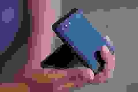 Samsung sắp ra mắt smartphone giá rẻ có màn hình gập