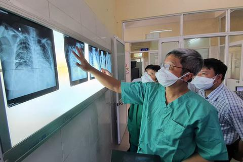 """3 tuần """"làm sạch"""" bệnh viện, khống chế Covid-19 tại tâm dịch Đà Nẵng"""