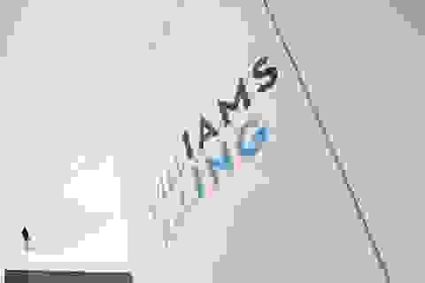 """Đội đua Williams """"bán mình"""" thành công"""
