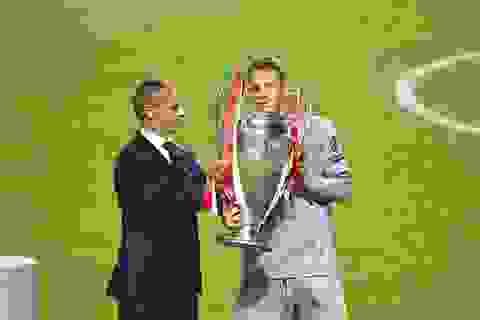 Neuer xuất sắc nhất trong chiến thắng của Bayern Munich trước PSG