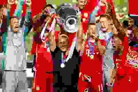 Hansi Flick: Từ kẻ học việc tới người hùng Champions League
