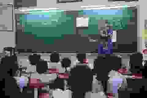 TPHCM: Tăng sĩ số, giảm tỷ lệ 2 buổi/ngày để nhận học sinh chưa có chỗ học
