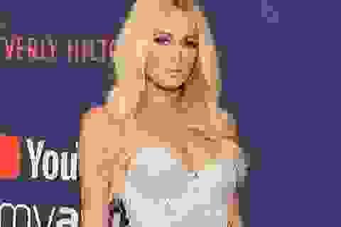 Paris Hilton dự trữ trứng đông lạnh theo lời khuyên của Kim Kardashian