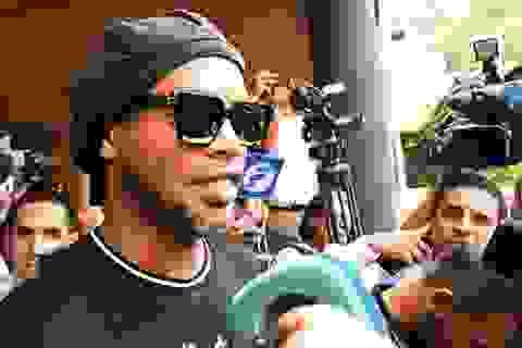 Ronaldinho được trả tự do sau 5 tháng ngồi tù ở Paraguay