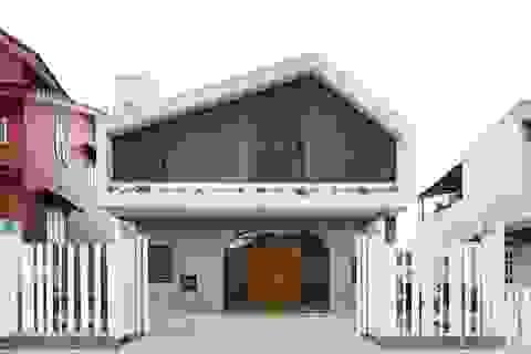 Biệt thự đẹp thơ mộng con trai xây tặng cha dưỡng già ở Đà Lạt