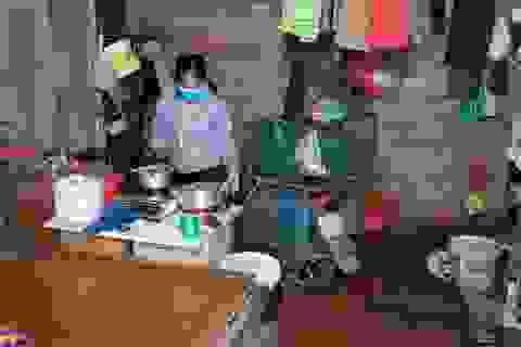 """Người lao động nghèo lao đao giữa """"cơn bão"""" dịch Covid-19"""