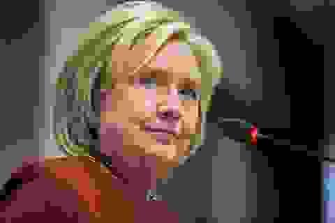 """Bà Hillary Clinton """"hiến kế"""" cho ông Biden nếu thua sát nút ông Trump"""