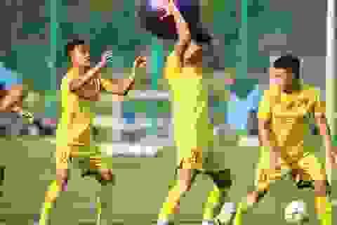 U22 Việt Nam chia tay 3 cầu thủ, tập bài lạ chờ đấu CLB Viettel