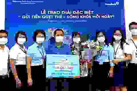 """VietinBank Thái Bình trao Giải Đặc biệt """"Gửi tiền quẹt thẻ, sống khỏe mỗi ngày"""""""