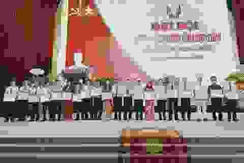 Ủy ban tỉnh tặng bằng khen Sở LĐ-TB&XH trong phong trào thi đua yêu nước