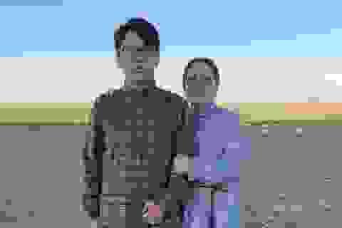 Trung Quốc: Người mẹ 43 tuổi và con trai cùng đỗ đại học