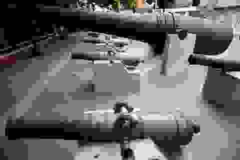 Cận cảnh những khẩu đại bác, súng thần công cổ