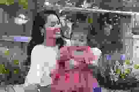 Nguyễn Ngọc Anh lần đầu hé lộ về con gái 1 tuổi xinh như búp bê