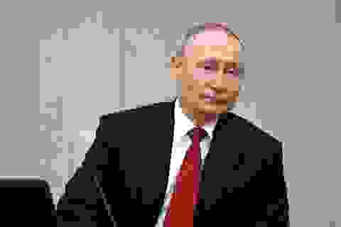 Ông Putin tiết lộ chuyện con gái tình nguyện thử vắc xin Covid-19