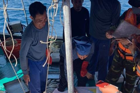 Đẩy đuổi tàu cá Trung Quốc hoạt động trên vùng biển Việt Nam