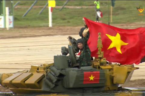 Trận đấu thứ 2 tại Army Games: Đội tăng Việt Nam cán đích đầu tiên