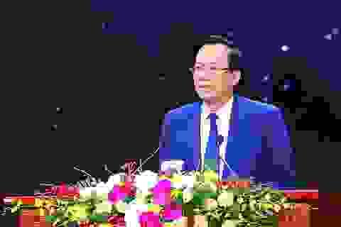 Bộ trưởng Đào Ngọc Dung gửi thư chúc mừng các thế hệ ngành LĐ-TB&XH