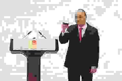 Thủ tướng tin tưởng vào tương lai chung bừng sáng của Việt Nam và các nước
