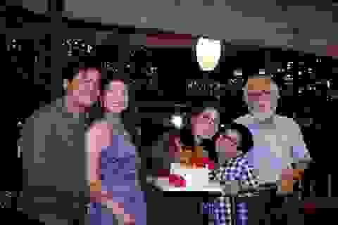 NSND Kim Xuân mừng tuổi 64 bên gia đình