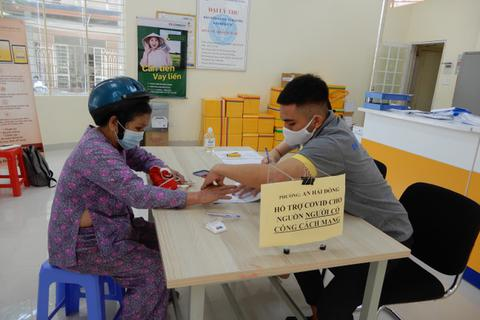 Đà Nẵng: Chi 2,3 tỷ đồng tiếp tục hỗ trợ người dân khó khăn do Covid-19