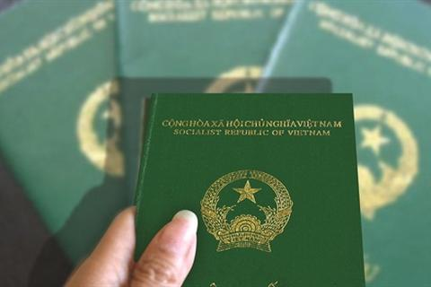 Thiếu chế tài xử lý với người có 2 quốc tịch nhưng không khai báo?