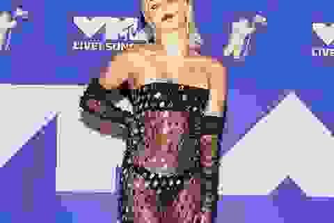 Miley Cyrus mặc sốc dự lễ trao giải VMA
