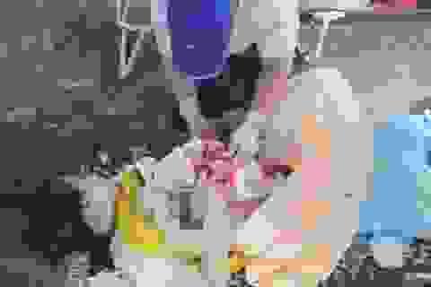 Thai phụ sinh con ngay khi vừa đến chốt kiểm dịch y tế Covid-19
