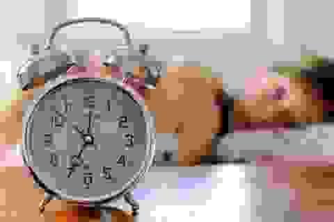 Cách rất hay để cha mẹ giúp con dậy sớm vui vẻ đến trường