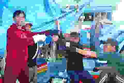 Nỗi niềm ngư dân đón Tết Độc lập trên những con tàu đánh bắt khơi xa