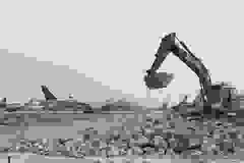 """Hơn 1.400 người, 200 máy móc thi công dự án hàng không theo """"lệnh"""" khẩn cấp"""