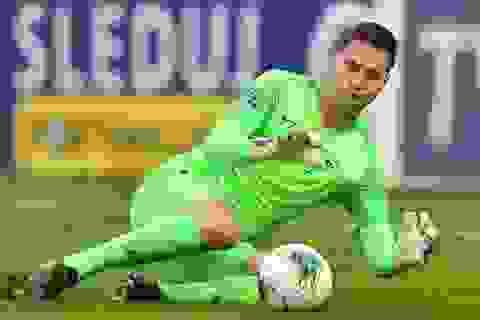 Filip Nguyễn: Từ nhân viên giao hàng đến thủ môn hàng đầu Europa League