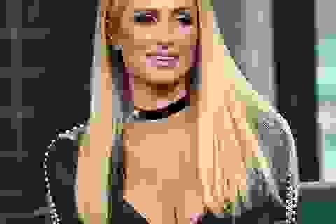 Paris Hilton từng bị 5 bạn trai cũ bạo hành