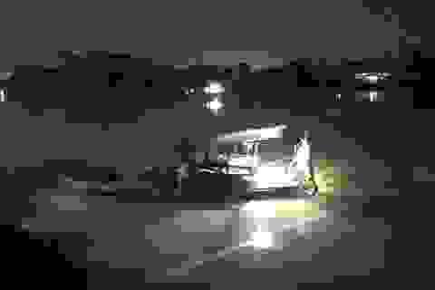 """Xuống sông Đồng Nai tắm """"giải nhiệt"""", một học sinh mất tích"""