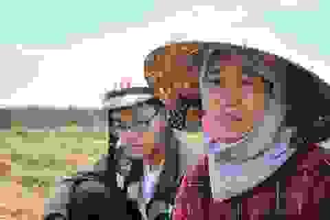 Chàng trai vượt qua nghịch cảnh: Ba, mẹ gửi gạo, mắm con kiếm tiền đi học