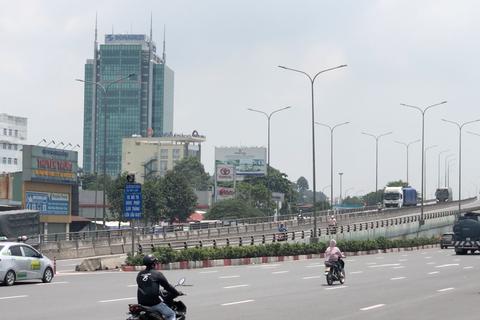 Cấm xe máy lên cầu vượt ngã tư Vũng Tàu sau khi dừng trạm thu phí