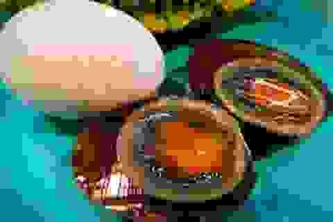 """Món """"trứng thế kỷ"""" 1.000 năm ở Trung Quốc"""