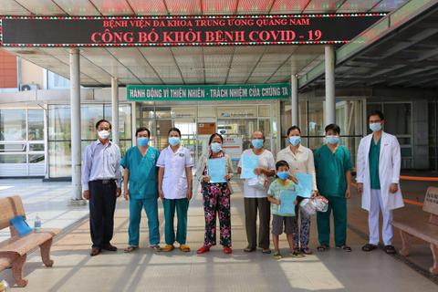 Quảng Nam: Cụ ông 90 tuổi mắc Covid-19 xuất viện