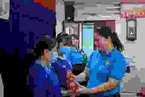 TPHCM: Trao 168 suất học bổng cho con em lao động nghèo