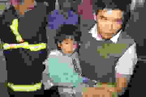 Giải cứu cháu gái 6 tuổi bị bố nghiện ma túy bạo hành
