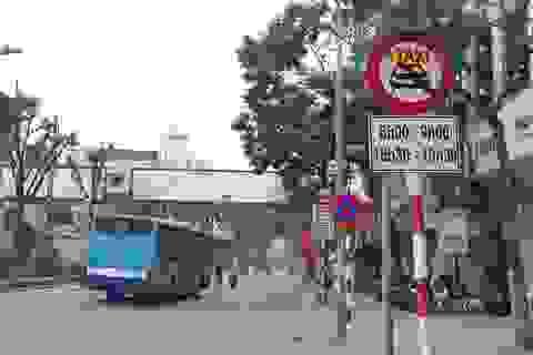 Hiệp hội Taxi Hà Nội đề nghị dỡ biển cấm taxi tại một số tuyến phố
