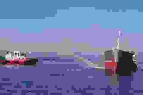 Một người mất tích trong vụ cháy tàu tại Cảng Dung Quất
