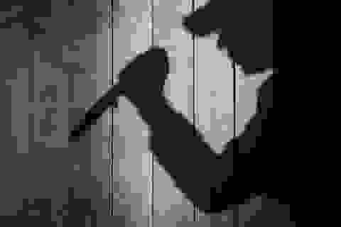 Nghi án nam thanh niên dùng dao sát hại mẹ người tình rồi tự sát