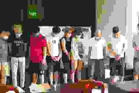 23 nam nữ thanh niên thuê nhà nghỉ để chơi ketamine và thuốc lắc