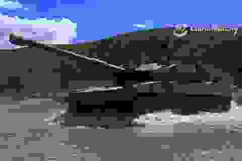 Trung Quốc đưa quân, máy bay ném bom tới gần biên giới Ấn Độ
